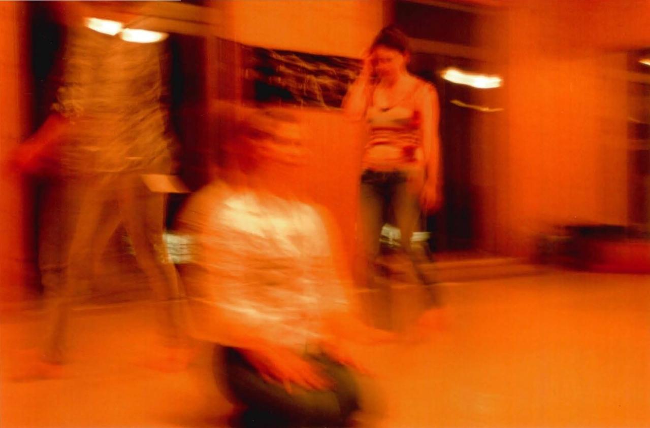 laboratorium haus 1 Lyd. Tanz/Choreographie – A59 verformt